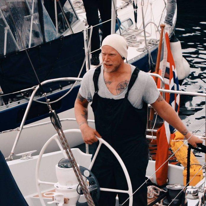 Aanderaa getting ready for Greenland