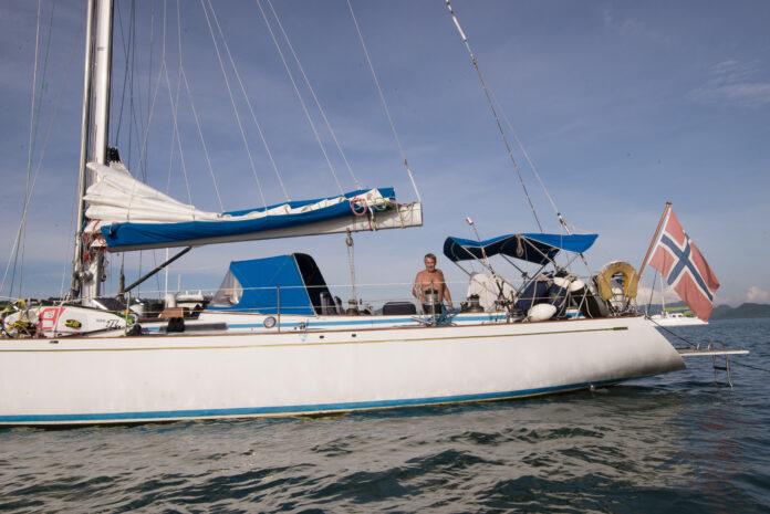 Fiesta er en av mange norske langturbåter som er Covid-19 fast. De ligger sammen med Amanda Sailing i Indonesia.