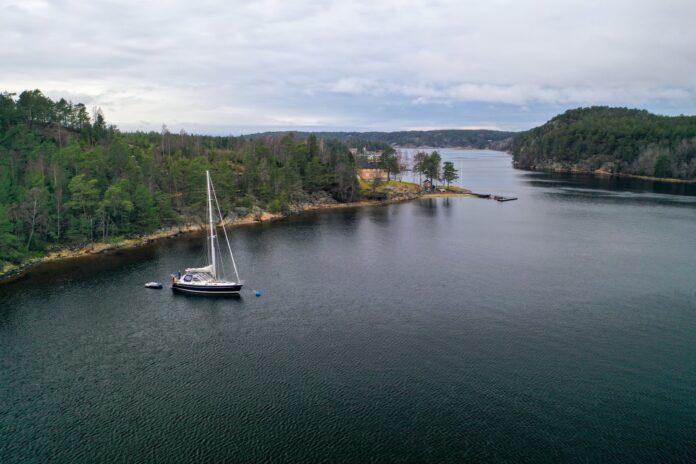 SY Njord i Hankøsund